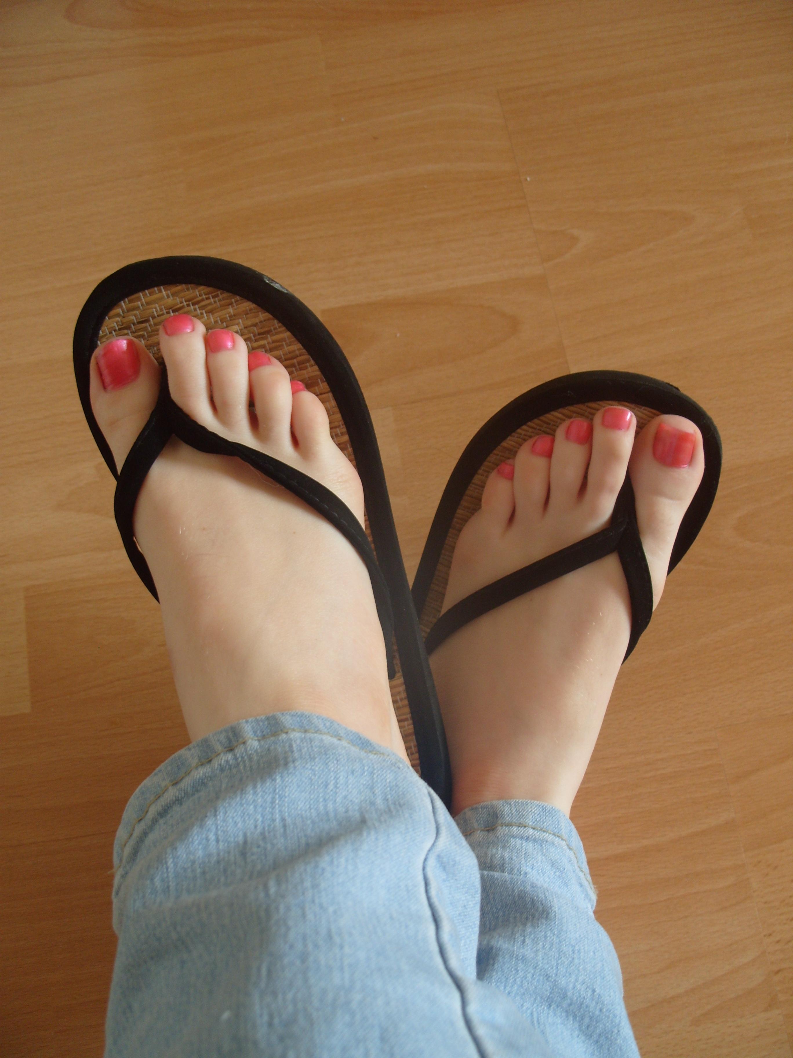 Фото женских пальчиков на ножках 5 фотография