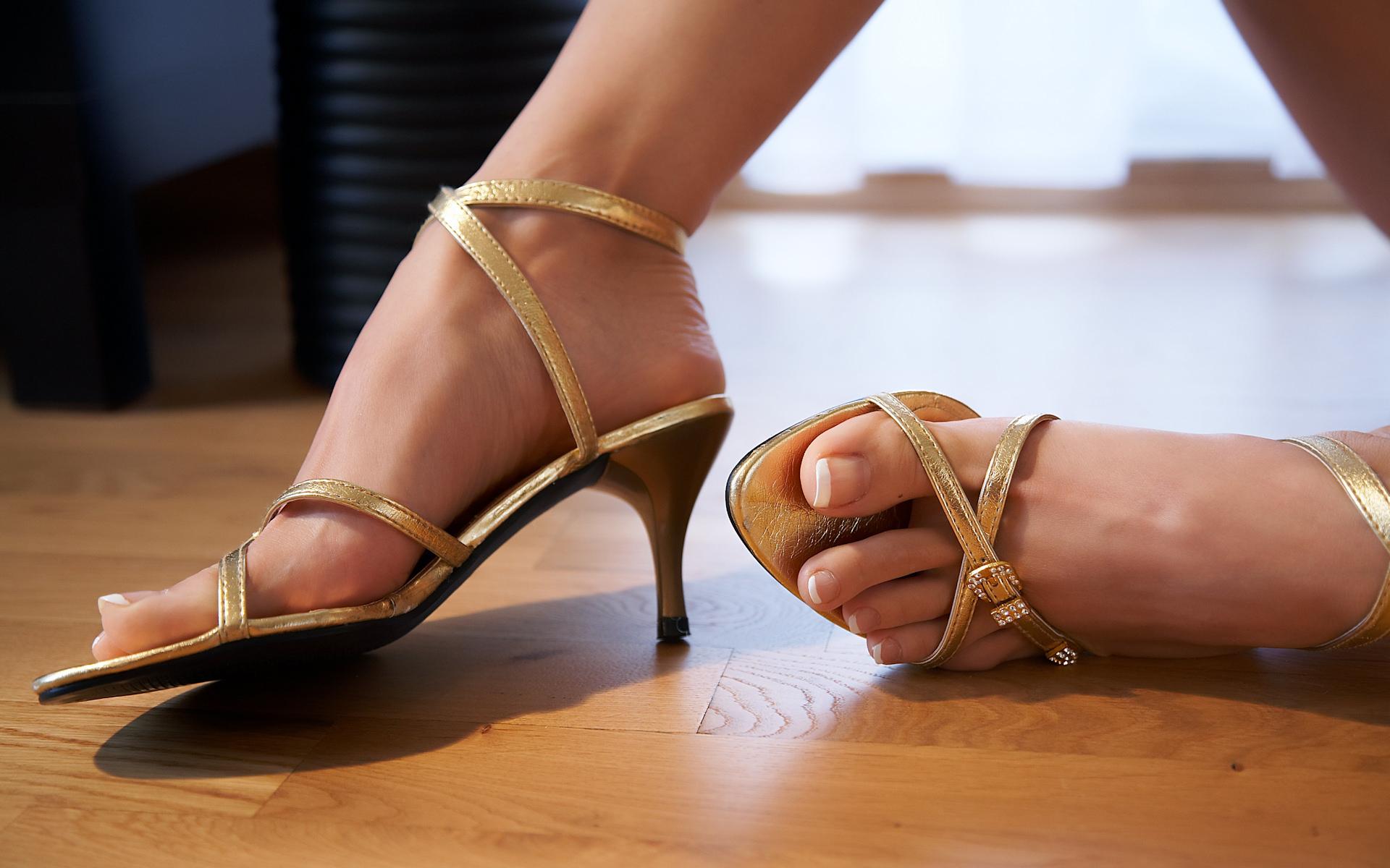 Фетиш стопы туфли фото 23 фотография