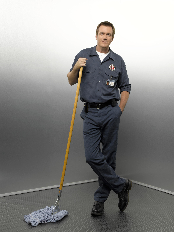 Уборщица убиралась в туалете мужском 10 фотография