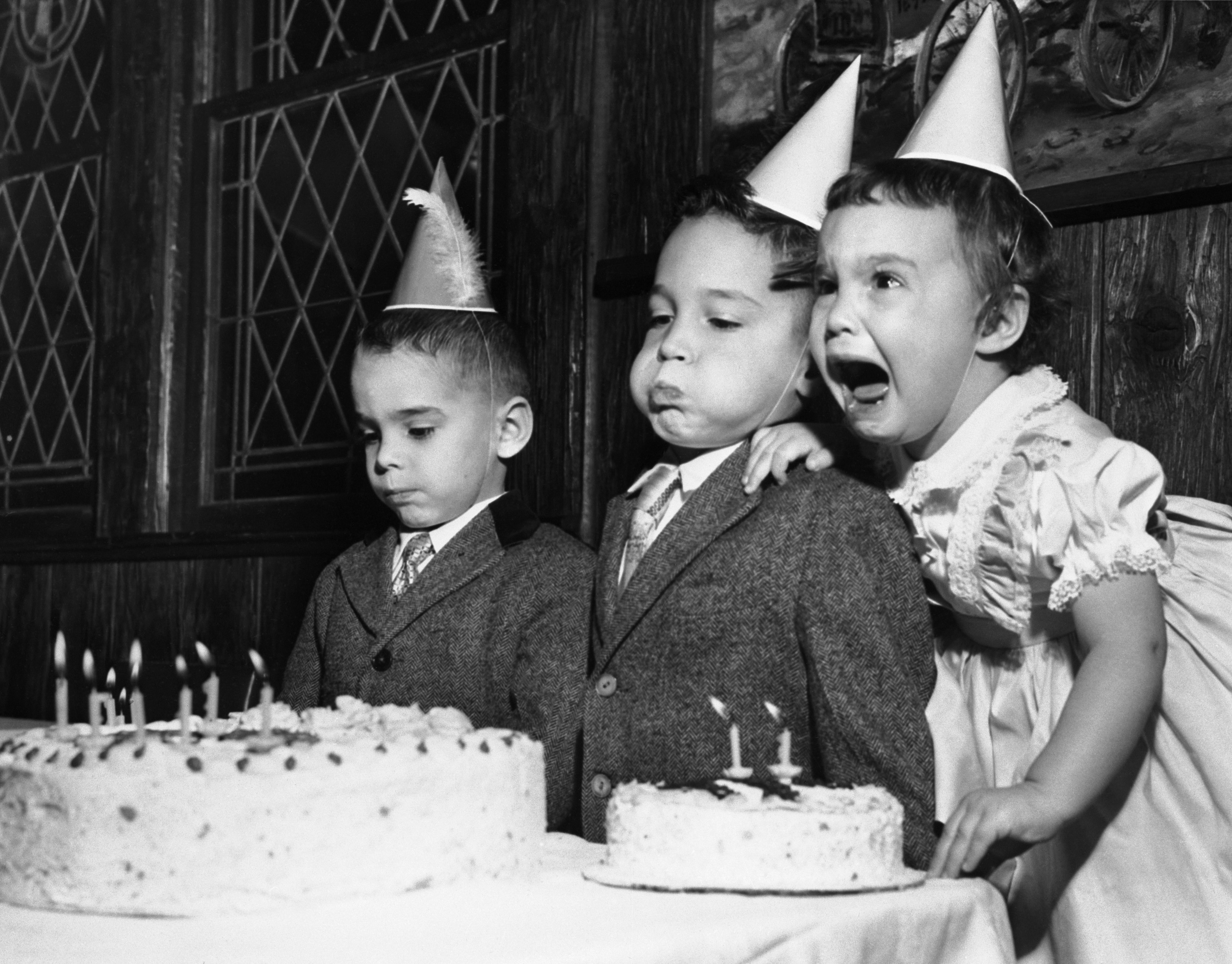 party, grayscale, monochrome, cakes, children - desktop wallpaper