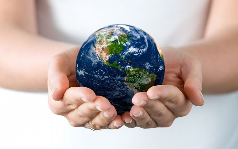 palm, hands, Earth, globes - desktop wallpaper