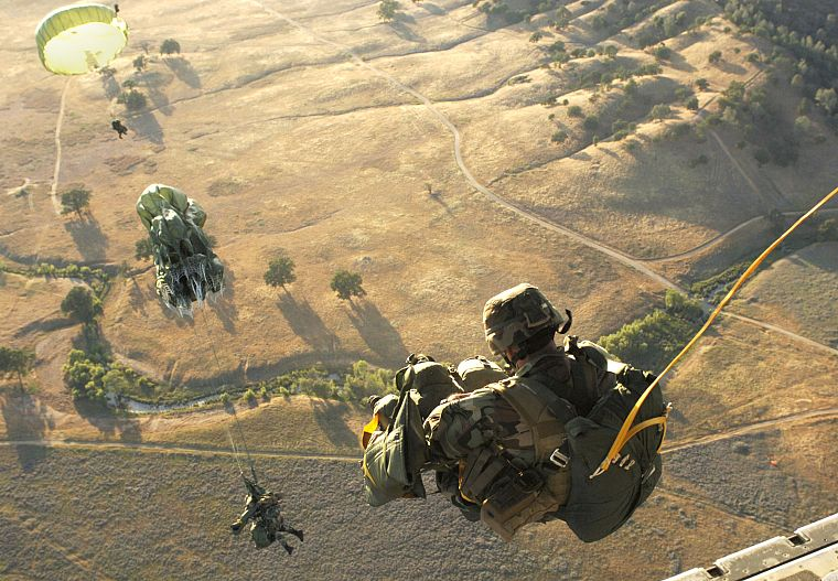 soldiers, army, Parachuting - desktop wallpaper