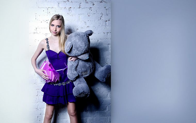 blondes, women, dress, skinny, teddy bears - desktop wallpaper