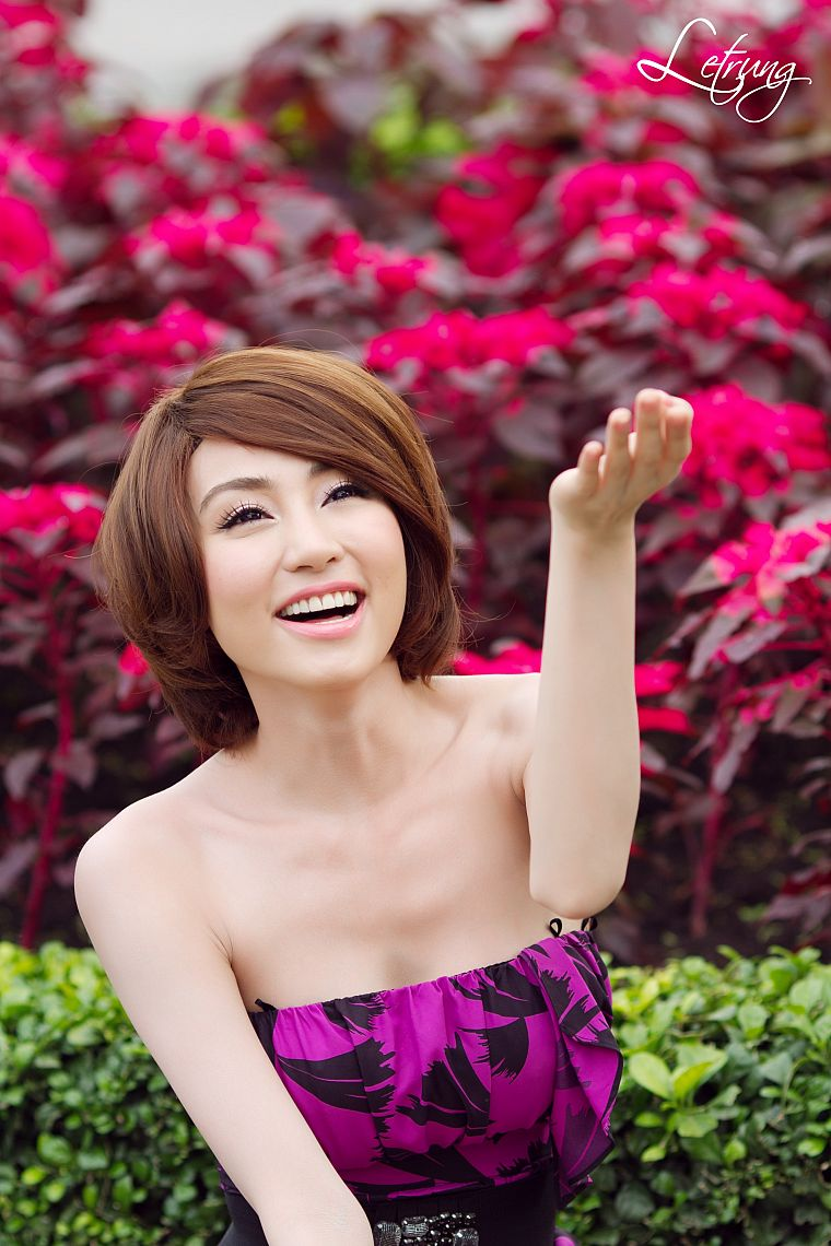women, flowers, models, Viet Nam, short hair, Asians - desktop wallpaper
