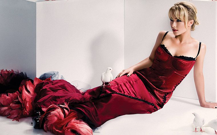 blondes, women, actress, Hayden Panettiere, models, celebrity, red dress - desktop wallpaper
