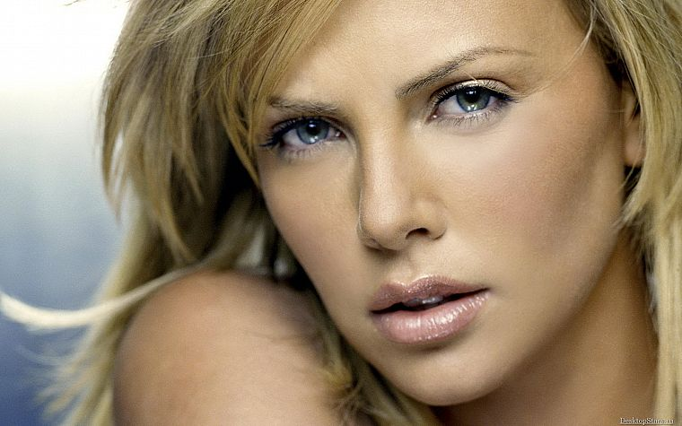 blondes, women, close-up, Charlize Theron, faces - desktop wallpaper