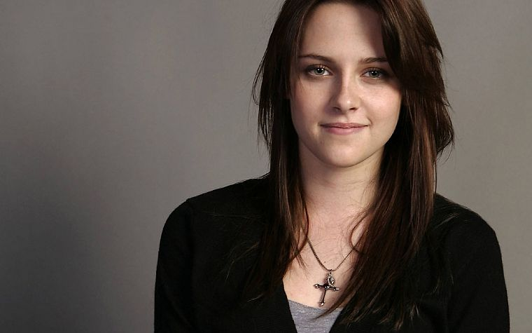 brunettes, Kristen Stewart, actress, celebrity, smiling, bracelets, gray background - desktop wallpaper