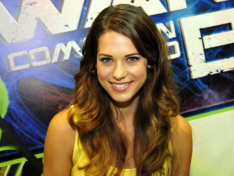 brunettes, women, actress, celebrity, Lyndsy Fonseca - desktop wallpaper