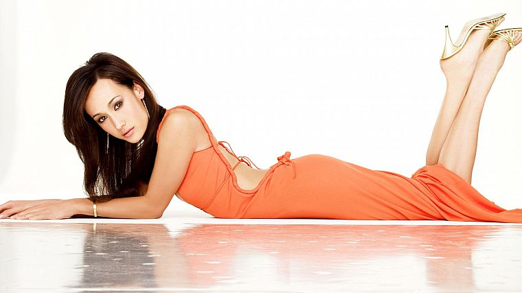 brunettes, legs, women, actress, Maggie Q - desktop wallpaper