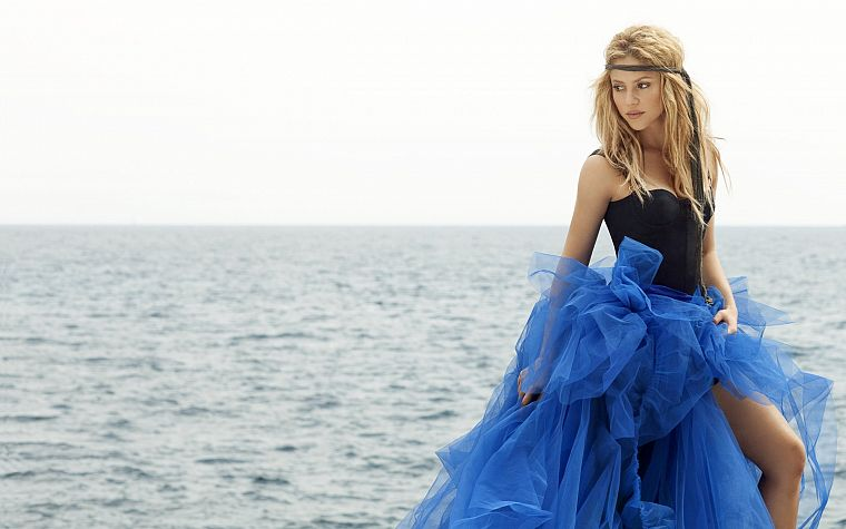 women, celebrity, Shakira, singers, sea - desktop wallpaper