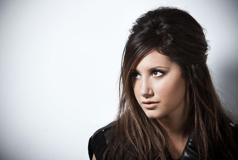 brunettes, women, celebrity, Ashley Tisdale, white background - desktop wallpaper
