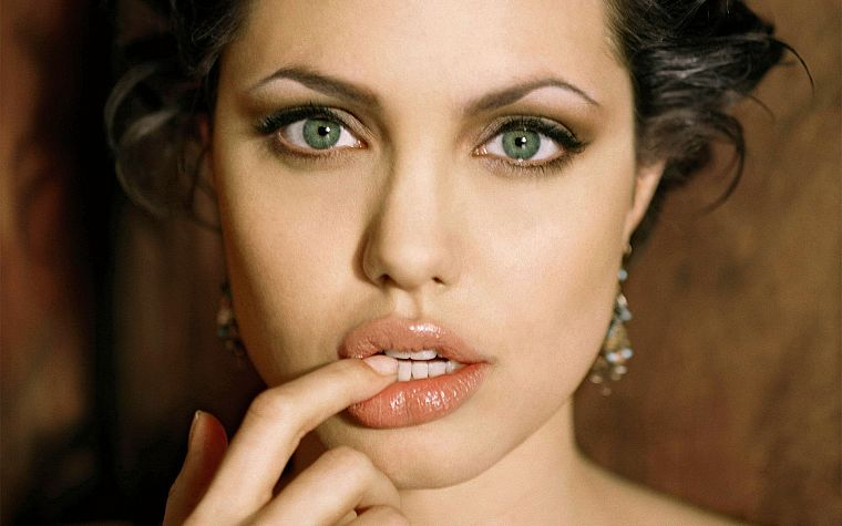 brunettes, women, actress, Angelina Jolie, celebrity, green eyes, faces - desktop wallpaper