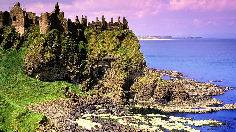 Ireland, dunluce - desktop wallpaper