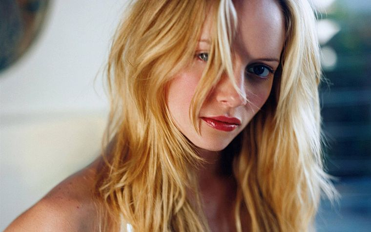 blondes, women, actress, Marley Shelton - desktop wallpaper