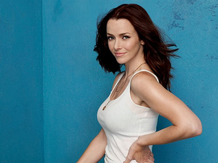 brunettes, women, actress, tank tops, smiling, Annie Wersching - desktop wallpaper