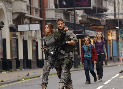 28 Weeks Later, Rose Byrne, Imogen Poots, Jeremy Renner, Mackintosh Muggleton - random desktop wallpaper