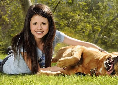 women, Selena Gomez, grass, dogs, celebrity, singers - related desktop wallpaper
