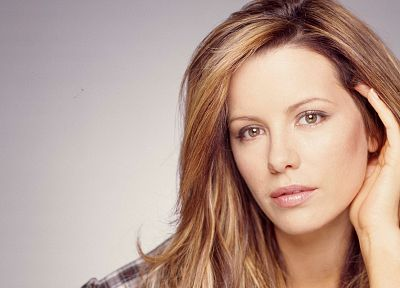blondes, women, close-up, Kate Beckinsale, long hair, brown eyes, faces - related desktop wallpaper
