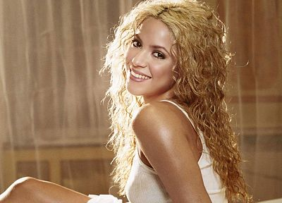 women, celebrity, Shakira, TagNotAllowedTooSubjective - random desktop wallpaper