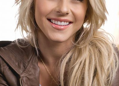 blondes, women, blue eyes, Julianne Hough, smiling, necklaces, faces - desktop wallpaper