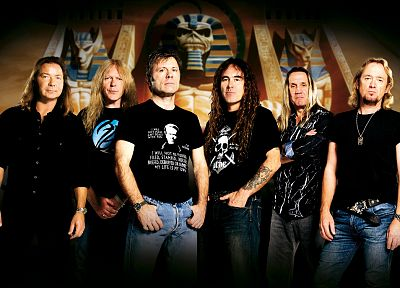 Iron Maiden - random desktop wallpaper