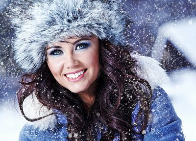 women, close-up, winter, models, snowflakes - random desktop wallpaper