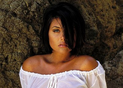 brunettes, women, actress, Tiffani Amber Thiessen - random desktop wallpaper