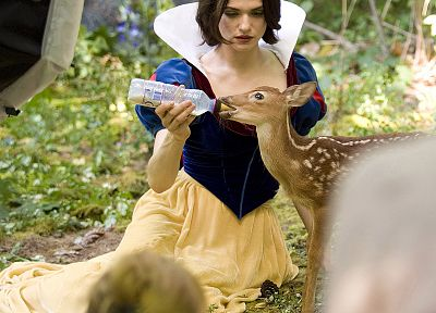 Rachel Weisz, Snow White - random desktop wallpaper
