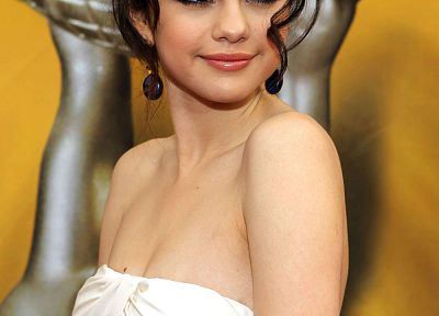 Selena Gomez, celebrity, singers, white dress - desktop wallpaper