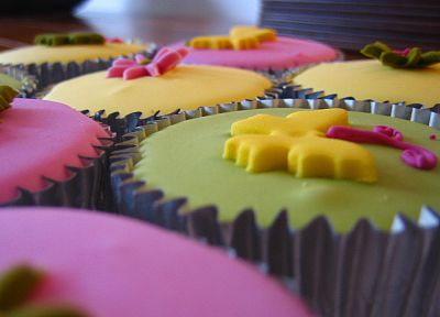 close-up, food, cupcakes, icing - random desktop wallpaper
