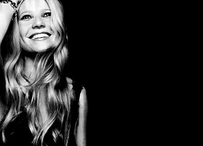 dark, Gwyneth Paltrow, smiling, monochrome - random desktop wallpaper