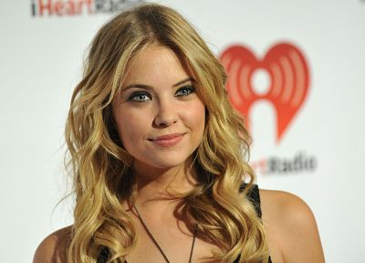 blondes, women, actress, celebrity, Ashley Benson - random desktop wallpaper