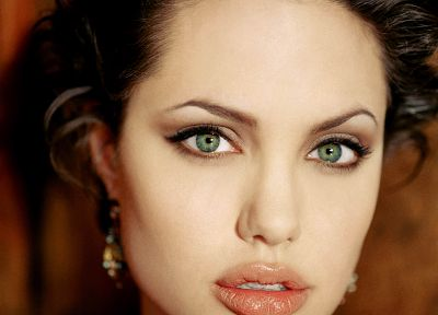 women, Angelina Jolie, green eyes, faces - random desktop wallpaper