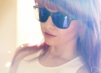 brunettes, women, long hair, sunglasses, shirts - desktop wallpaper