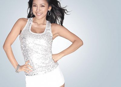 Lee Hyori - random desktop wallpaper