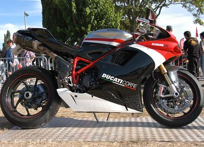 Ducati, vehicles, motorbikes, Ducati 1198s - random desktop wallpaper