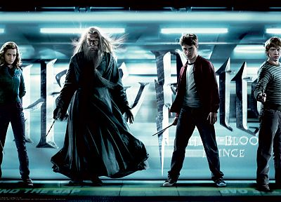 Emma Watson, Harry Potter, Harry Potter and the Half Blood Prince, Daniel Radcliffe, Rupert Grint, Hermione Granger, Albus Dumbledore, Ron Weasley, Michael Gambon - related desktop wallpaper