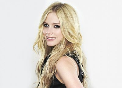 women, Avril Lavigne, singers - random desktop wallpaper