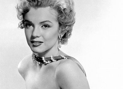 Marilyn Monroe, grayscale, monochrome - random desktop wallpaper