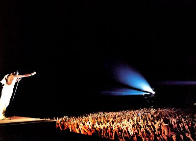 Queen, crowd, Freddie Mercury, concert - desktop wallpaper