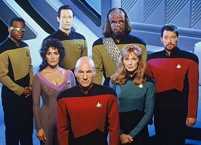 Star Trek, data, Marina Sirtis, Gates McFadden, Worf, Patrick Stewart, Jonathan Frakes, LeVar Burton, Brent Spiner, Michael Dorn, Geordi La Forge, Jean-Luc Picard, Beverly Crusher, Deanna Troi, Star Trek The Next Generation, William Riker - random desktop wallpaper