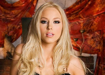 blondes, women, Brea Bennett, faces - desktop wallpaper