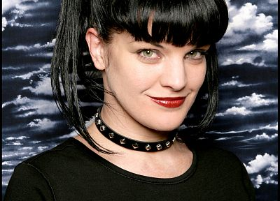 Pauley Perrette, navy, Abby Sciuto, NCIS - related desktop wallpaper