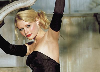 blondes, women, Emilie de Ravin - related desktop wallpaper