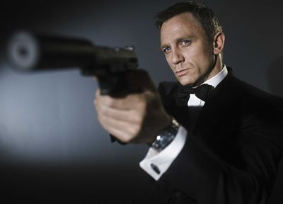 guns, men, James Bond, actors, Daniel Craig - random desktop wallpaper