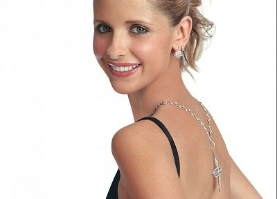 Sarah Michelle Gellar, fashion - random desktop wallpaper