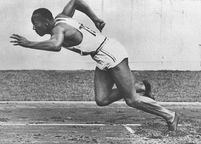grayscale, Jesse Owens, monochrome, athletes - related desktop wallpaper