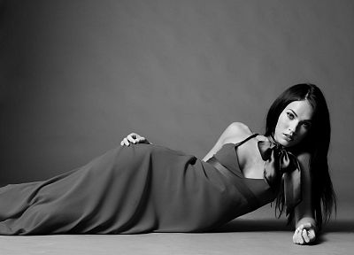 brunettes, women, Megan Fox, actress, models, celebrity, grayscale, monochrome - related desktop wallpaper