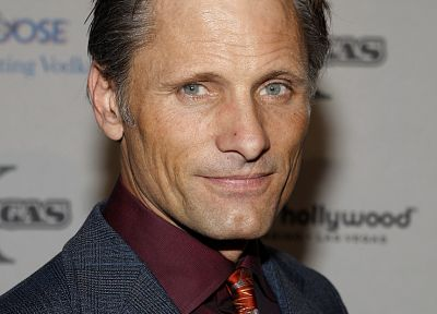 blue eyes, tie, men, Viggo Mortensen, actors - random desktop wallpaper