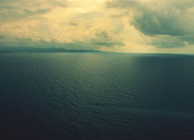 water, clouds, landscapes, horizon, calm, Land Rover Range Rover Vogue, sea - related desktop wallpaper